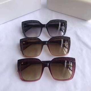 正品新款正品SWAROVSKI 施华洛世奇太阳眼镜 SK179  精美闪钻 低调奢华 超轻时尚 气质女款 全框墨镜  尺寸:53-18-140
