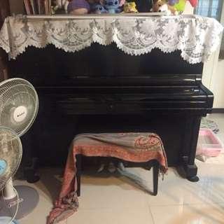 🚚 鋼琴(女兒沒有彈了便宜賣)