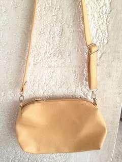 Sling Bag (beige)