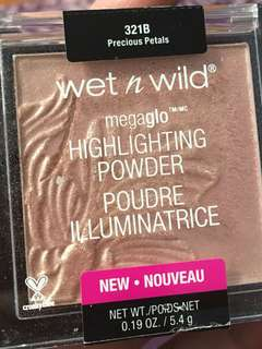 Wet and Wild Megaglo Highlighter in Precious Petals