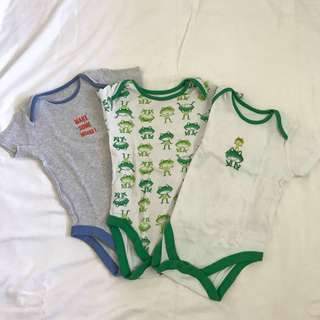 Mothercare Onesies 18-24mos (set of 3)