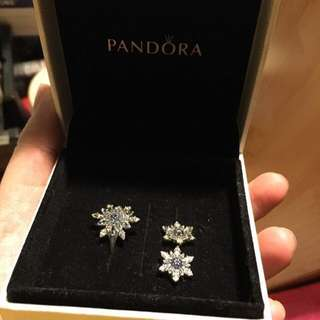 Pandora ring (size 52) and earrings