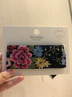 CHOKER BERSHKA Bunga