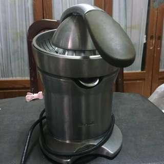 🚚 電動榨汁機