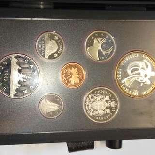 加拿大1983年全密封套装錢幣用禮合包装,品相如圖