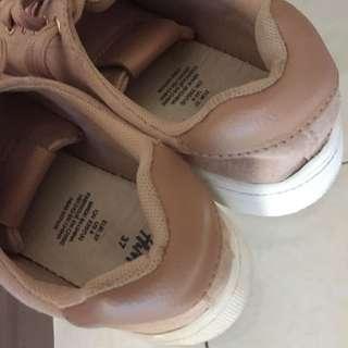 H&M platform shoes in pink