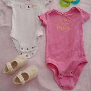 Take all 2 carters NB onesie, and shoes