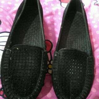 Sepatu 15k