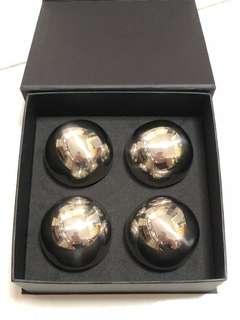 Baoding balls for exercise