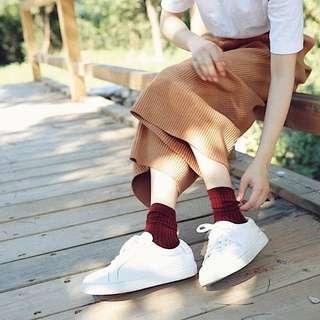 酒紅色長襪