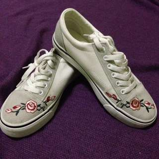 White Embroidered Rubber Shoes