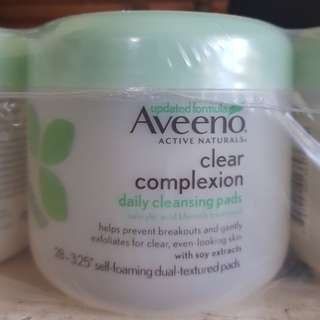 AVEENO Clear Complexion Cleansing Pads