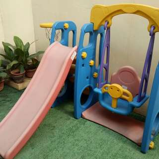 Slide & Swing Playhouse (Ayunan - Perosotan)