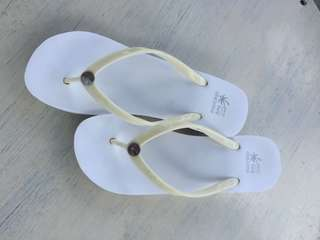 Montego Bay wedge beach slippers (Payless)