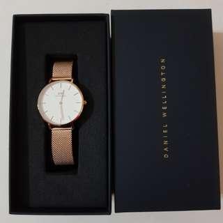 Daniel Wellington Watch $100 Sale