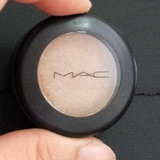 MAC Eyeshadow  Lustre Honesty *authentic brand new*