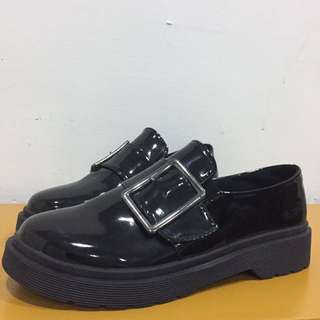 漆皮皮鞋全新37號