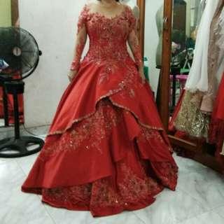 Gaun Pesta Merah - red gown