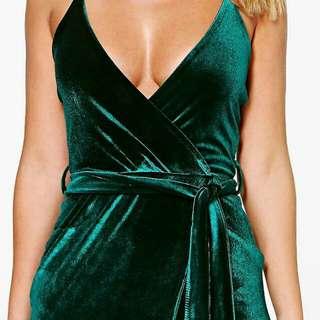 Boohoo - Pia velvet wrap tie maxi dress