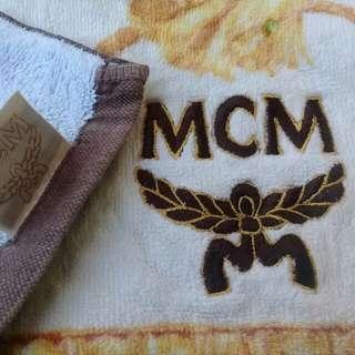 M C M royal towel