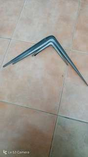 Triangle braket