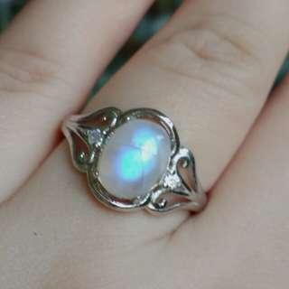 🏵️Natural Rainbow Shine Moonstone Ring🏵️