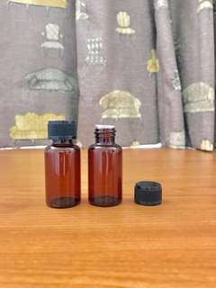 Empty Essential Oils Amber Glass Bottle with plastic stopper and black cap. X2bot. 15ml each. Add $1 for normal mail. This item is given FREE with the purchase of essential oils from Listing.