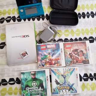 NINTENDO 3DS BUNDLE WITH 6 GAMES - PRE LOADED AND 5 EXTRA GAMES