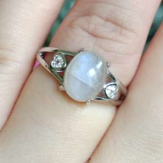🍍$38 Fixed Price Promo - Natural Oval Moonstone Ring🍍