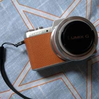 Lumix DMC-GF7 極新無花一切良好 兩粒電
