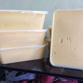 CHEDDAR AND QUICKMELT CHEESE TUB