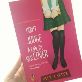 Novel Don't judge a girl by her cover