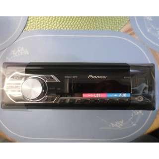 Pioneer DEH-15UB car stereo