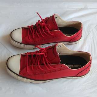 Converse Designer Shoes, All Stars Sports Shoes, Size 7.5 USA Leather Model, NBA Collectable, Classic Model, Limited Edition