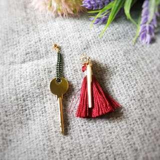 Red key tassel korean earrings