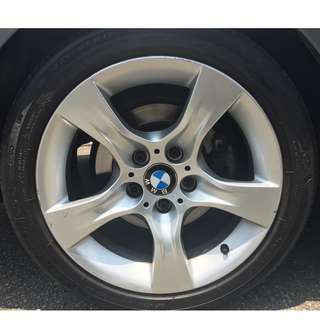 Original BMW 17 inch rims with michelin primacy 3st tyres