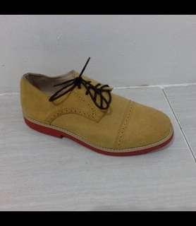 New sepatu oxford pria
