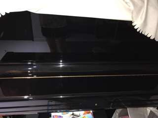 Pristine condition Yamaha U3 imported from Japan