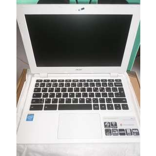 Acer Chromebook 11 FREE 64GB Duracell usb drive