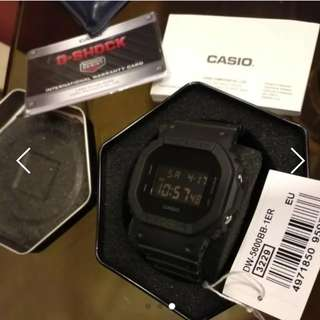 INSTOCK  Casio G-shock DW-5600BB-1CR