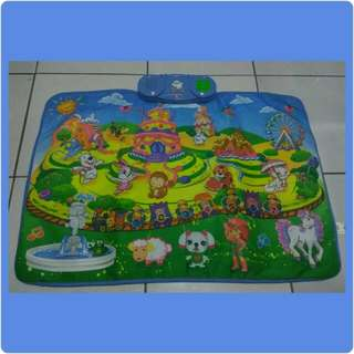 Playing Learning & Blanket (Playmat)