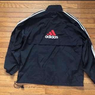 Adidas 衝鋒衣