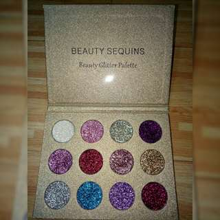 SALE💕Beauty Sequins glitter eyeshadow palette