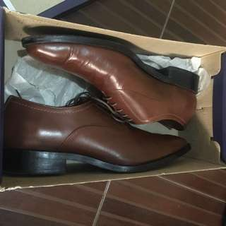 BRISTOL Leather Shoes used once di kc kasya