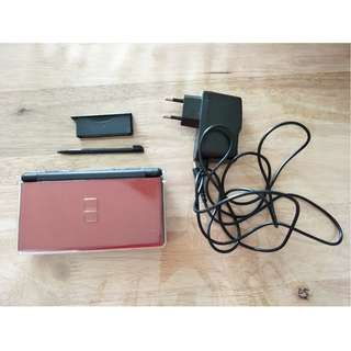 NDS Nintendo DS Lite *Very good condition*