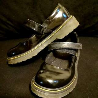 Dr Martens Original - hardly used