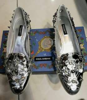 Dolce and Gabbana Flats (Read details!)
