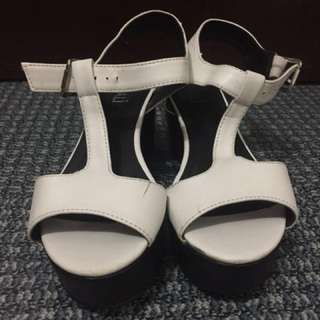 REPRICED Verali Wedge Shoes Size 38
