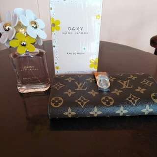 Marc Jacobs and LV wallet