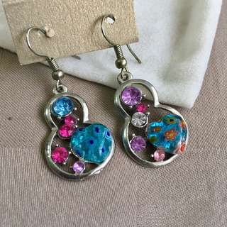 Brand new different gems dangling earrings